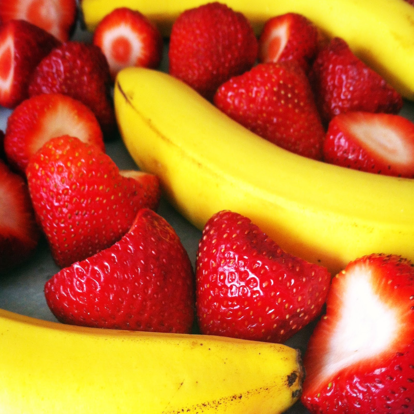 A banana is a fruit or berry. Little known facts about bananas 59
